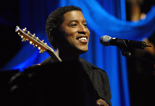 babyface performs at the house of blues in hollywood
