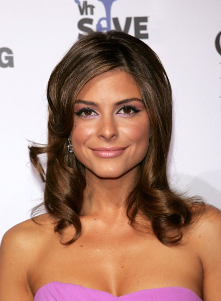 maria menounos at the vh1 save the music foundation's 10th anniversary gala