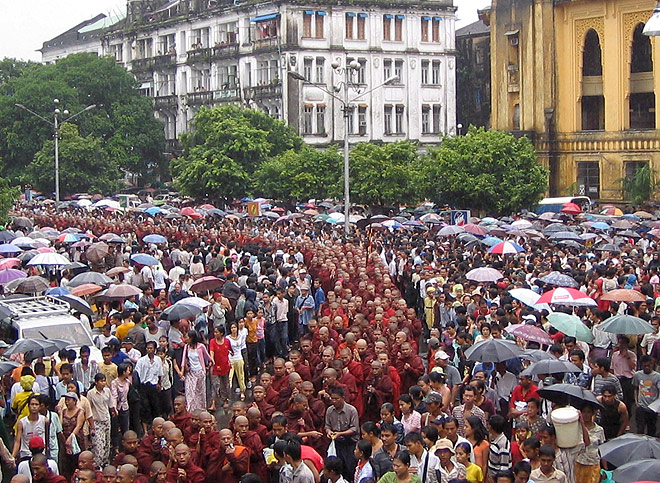 monks demonstration in myanmar