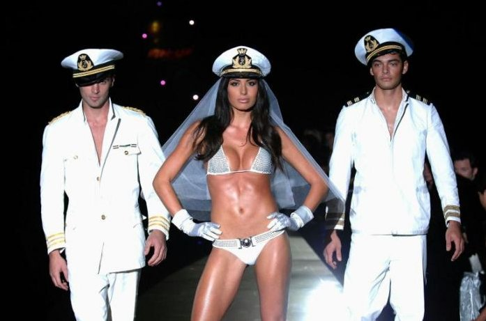 milan fashion_week in bikini