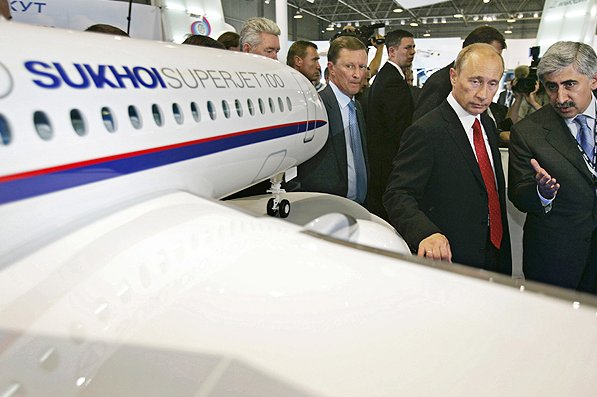 vladimir putin and sukhoi superjet100