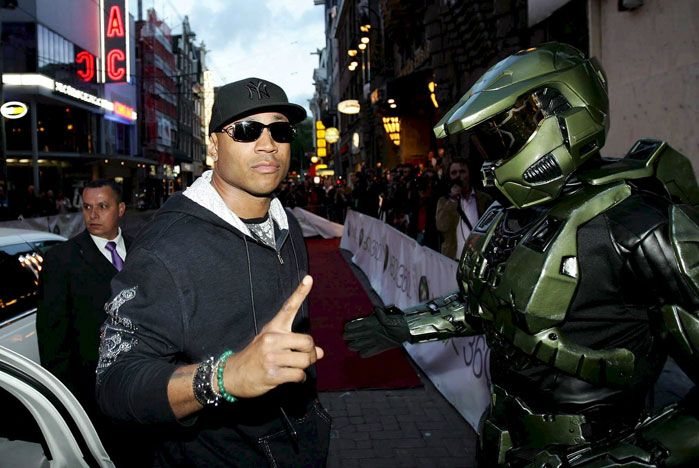 ll cool j at halo3 premiere in amsterdam на презентации игры halo3 в амстердаме
