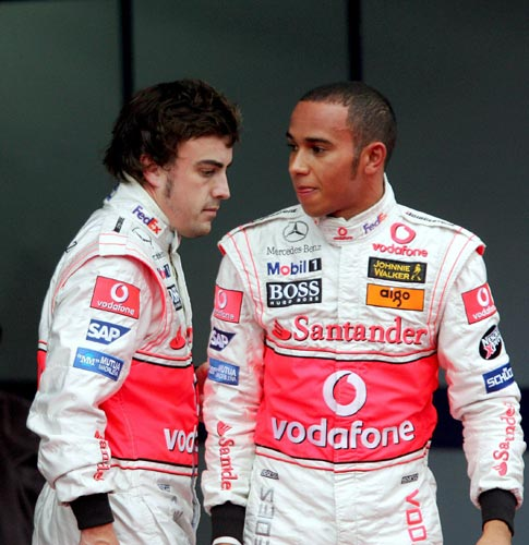 фернандо алонсо и льюис хэмилтон fernando alonso and lewis hamilton
