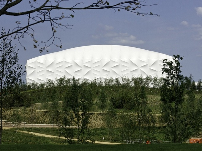 Basketball_Arena_view_from_the_Parklands_09-06-11.jpg