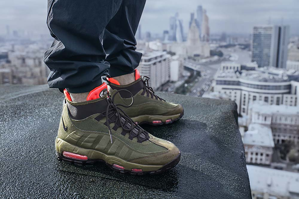 Nike Air Max 95 SneakerBoot Men's Boot Olive