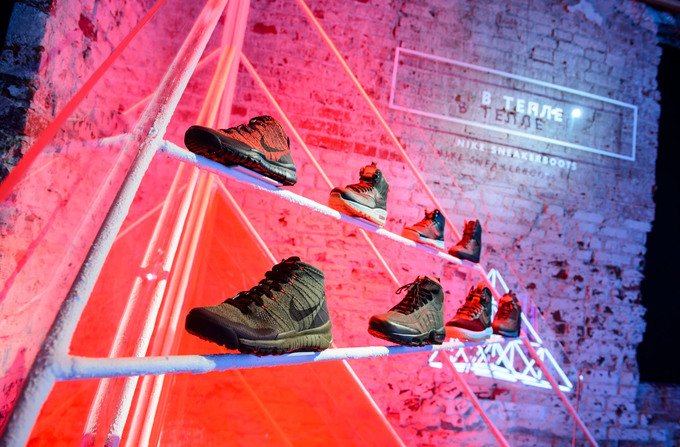 NikeXwinter_Moscow_sneakerBoots_be warm.jpg