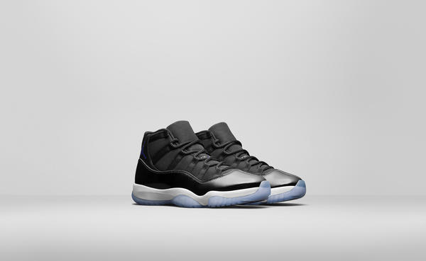 Air_Jordan_XI_4_native_600.jpg
