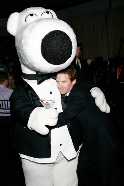 seth green at family guy 100the episode party - сет грин гриффины