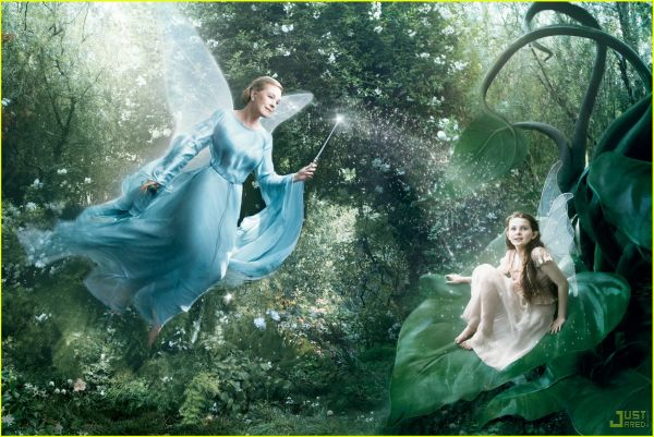 julie andrews as blue fairy and abigail breslin - джули эндрюс и эбигейл бреслин
