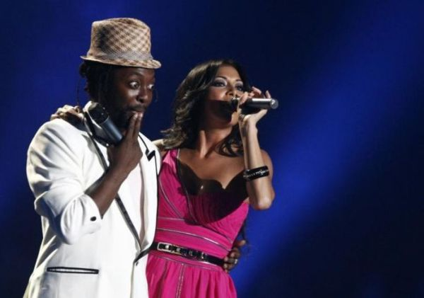 will i am and nicole scherzinger perform at mtv europe music awards 2007