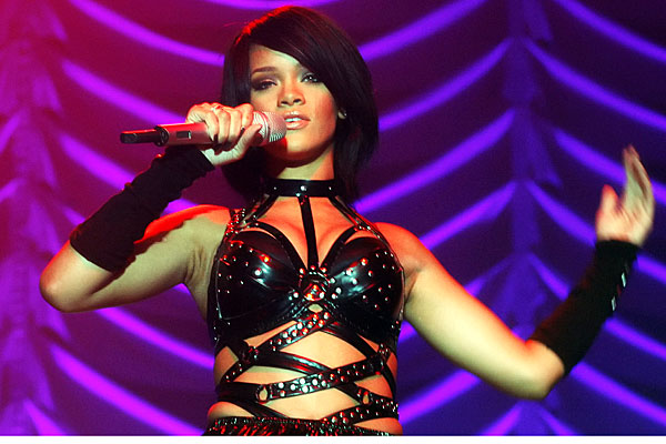 rihanna germany tour