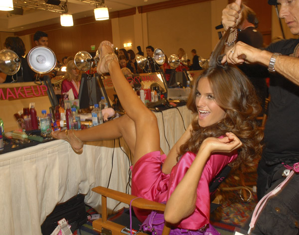 victoria's secret 2007 - izabel goulart изабель гулар - backstage