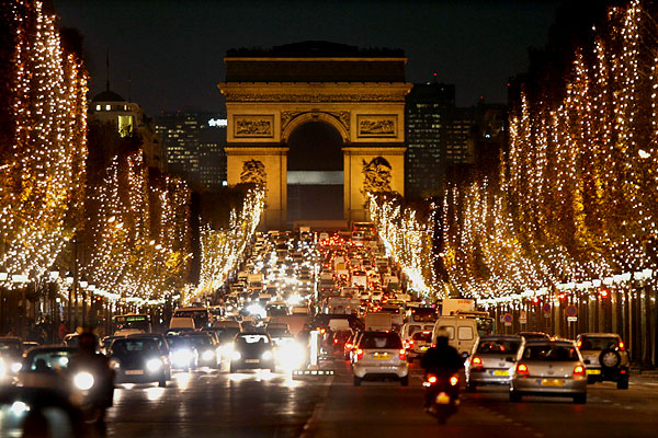 champs_elysees_paris.jpg