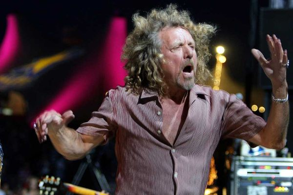 robert plant led zeppelin 02 concert in london