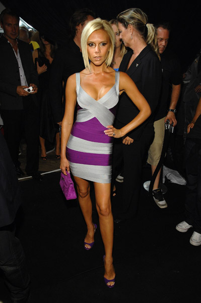 victoria_beckham_purpledress.jpg