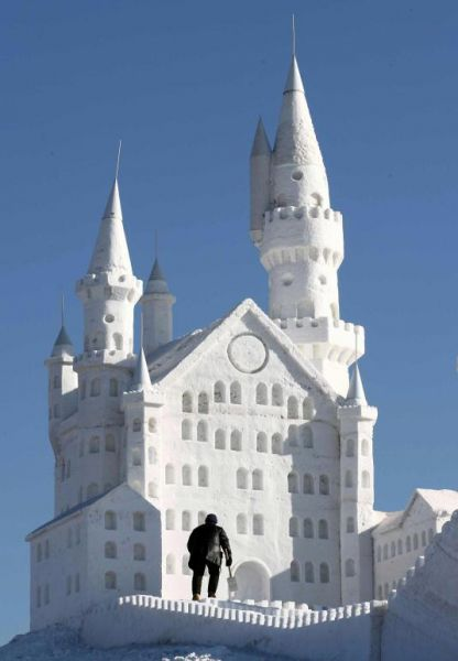 ice snow castle