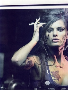 isabeli fontana as amy winehouse in vogue paris february 2008 l'idole editorial by peter lindbergh