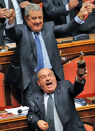 italy senate parilament celebrates victory
