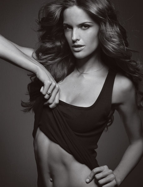 izabel_goulart_tank_top_esquire.jpg