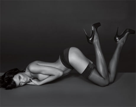 selita_ebanks_high_heels_esquire.jpg