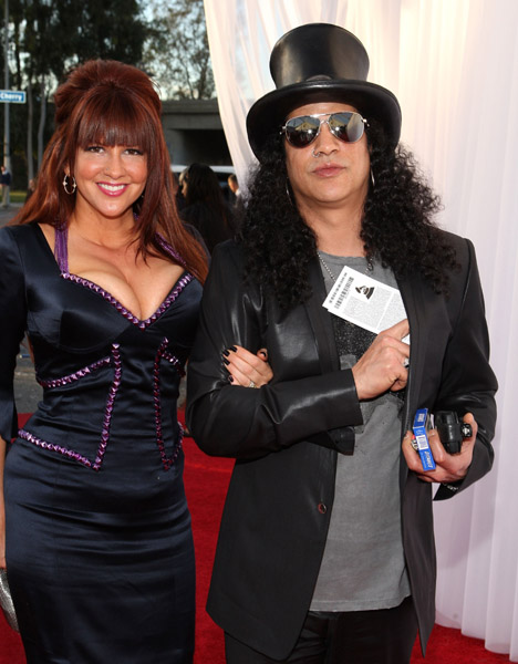 slash_perla_ferrar_grammy_awards.jpg