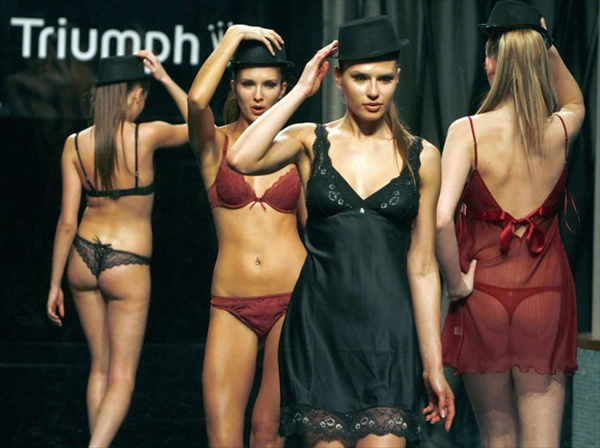 beirut_fashion_week_triumph_lingerie10.jpg