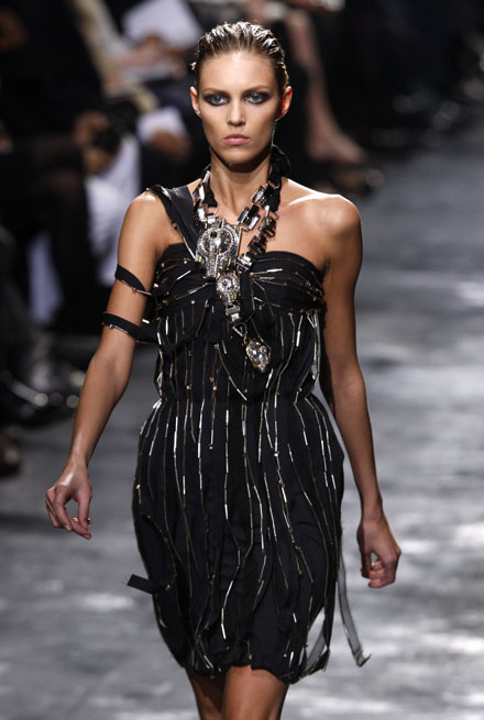 Lanvin Autumn/Winter 2008/2009 women's ready-to-wear fashion show in Paris