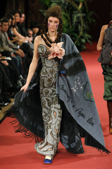 Vivienne Westwood Autumn/Winter 2008/2009 women's ready-to-wear fashion show in Paris