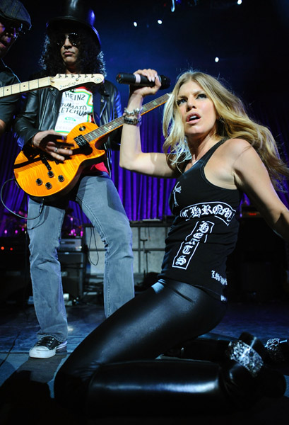 http://www.etoday.ru/uploads/2008/03/05/slash_fergie2.jpg