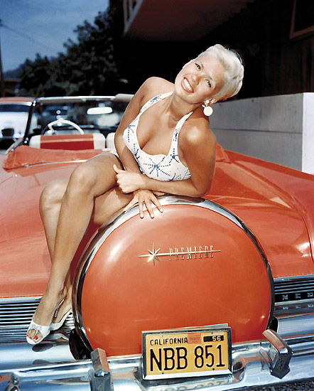 stars_cars_jane_mansfield_lincoln_cabriolet.jpg