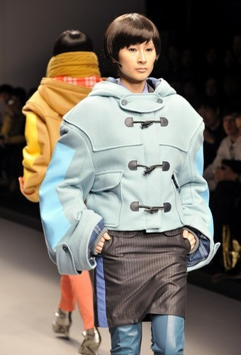 Mikio Sakabe at the 2008-2009 autumn/winter collection designed by Japanese designer Mikio Sakabe