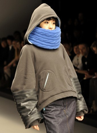 miki sakabe collection at japan fashion week in tokyo