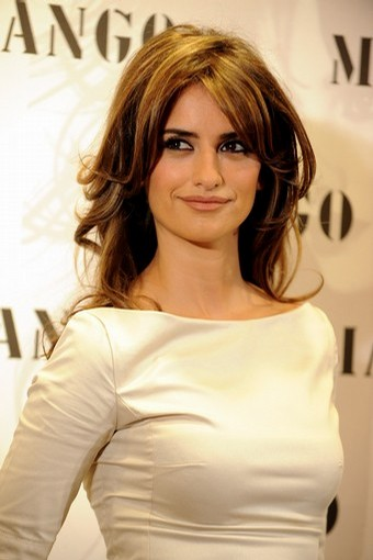 Penelope Cruz presents Spring/Summer Mango Exclusive Collection Penelope & Monica Cruz for MNG