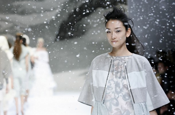 japan_fashion_week_ele_tra04.jpg