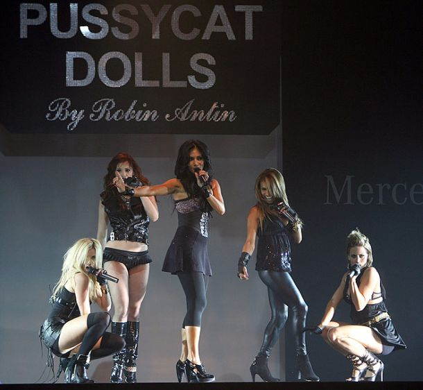 pussycatdolls_robin_antin_la_fashion_week19.jpg