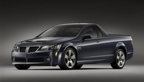 Pontiac G8 Sport Truck at the New York International Auto Show 2008