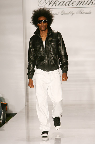 miami_funkshion_fashionweek_akademiks_jeanius07.jpg