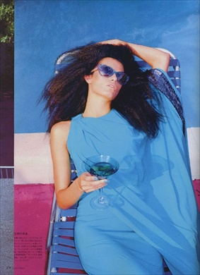 isabelifontana_by_terry_voguenippon2008may05_preview.jpg