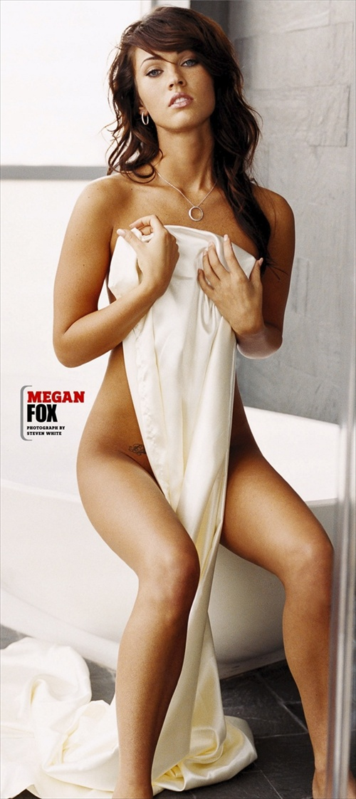 megan fox named sexies woman in the world by fhm magazine 2008