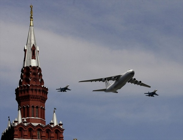 9may_victorydayparade_aviation07.jpg