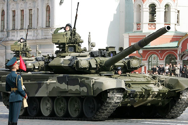 9may_victorydayparade_machinery06.jpg