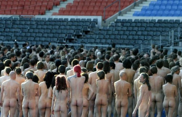 2008 naked peole at the stadium in vienna