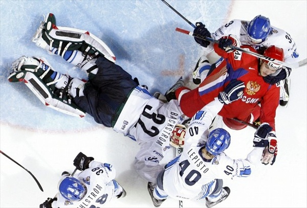 Finland's Sami Lepisto collision with Russia's Alexander Ovechkin