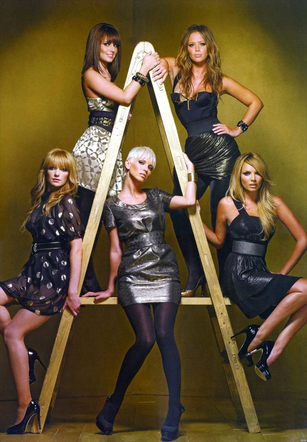 girls aloubd concert tour promotional photos