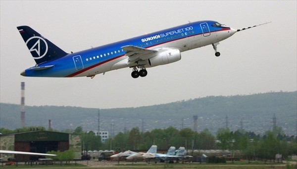 http://www.etoday.ru/uploads/2008/05/19/sukhi_superjet100_first_flight01.jpg