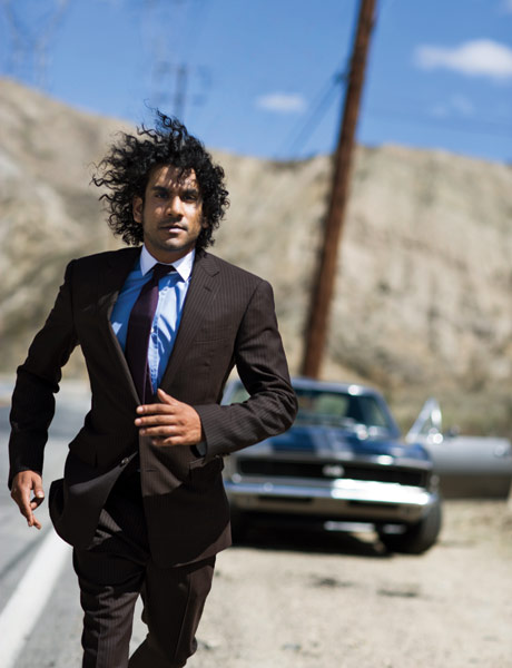 lost_naveen_andrews_esquire01.jpg