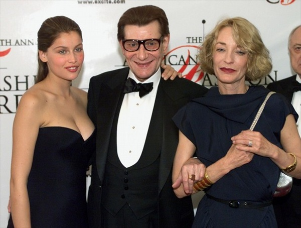 yves saint laurent with laetitia casta and lulu de la falaise
