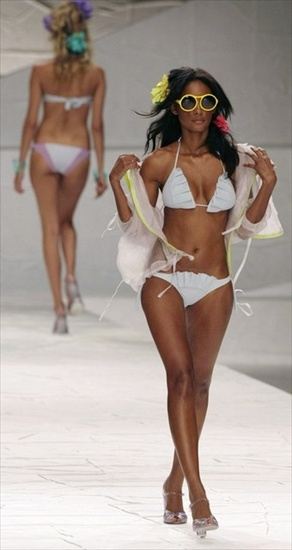 rio_fashion_week_salinas01a.jpg