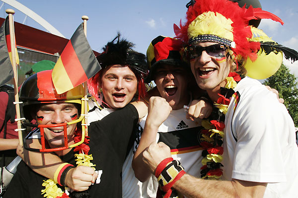germany_fans02.jpg
