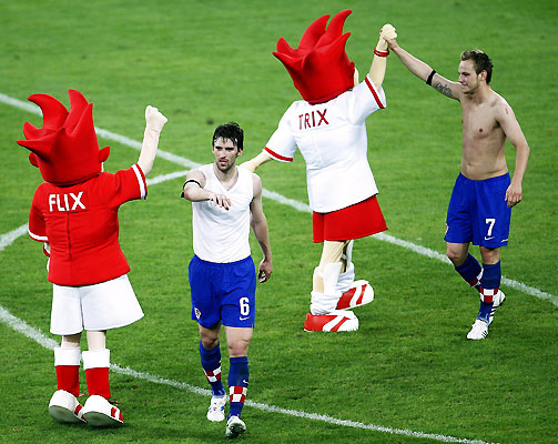 euro2008_hrvoje_vejic_ivan_rakitic_croatia_against_poland.jpg